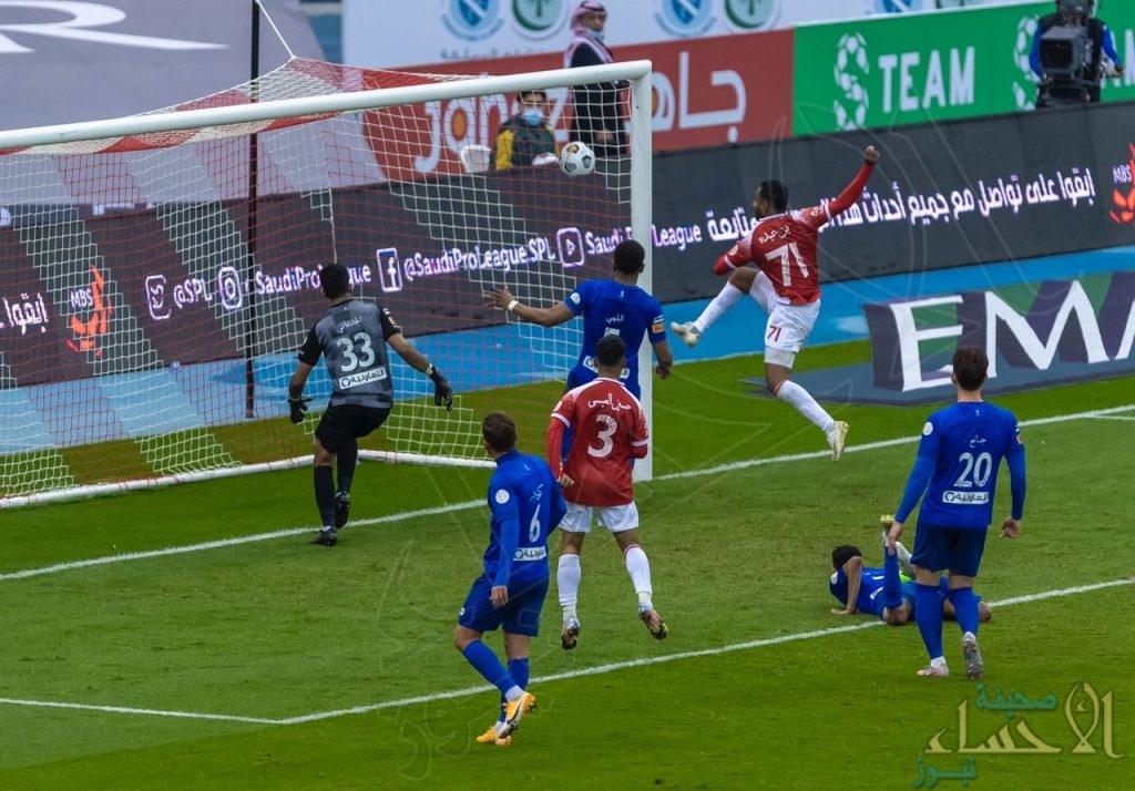 """""""الوحدة"""" يكسب """"الهلال"""" بهدفين مقابل هدف"""