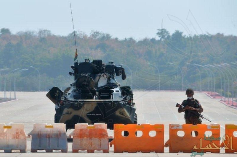انقلاب ميانمار .. الجيش يغلق المجال الجوي للبلاد حتى نهاية مايو