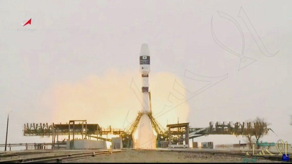"""المملكة تعلن نجاح إطلاق القمر الصناعي """"شاهين سات"""" (فيديو)"""