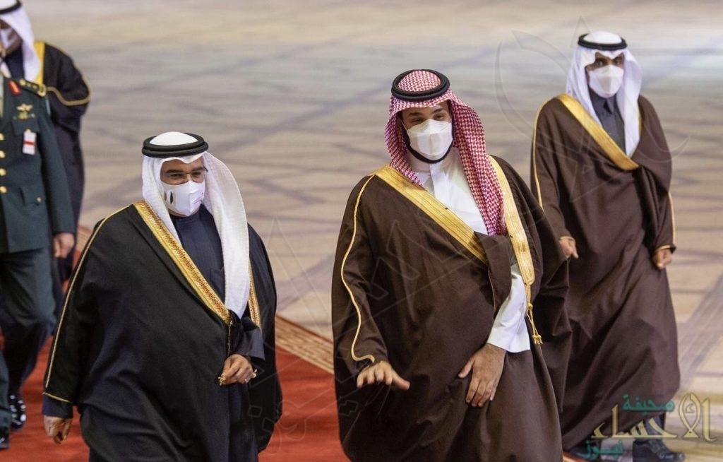 ولي عهد مملكة البحرين يصل إلى الرياض