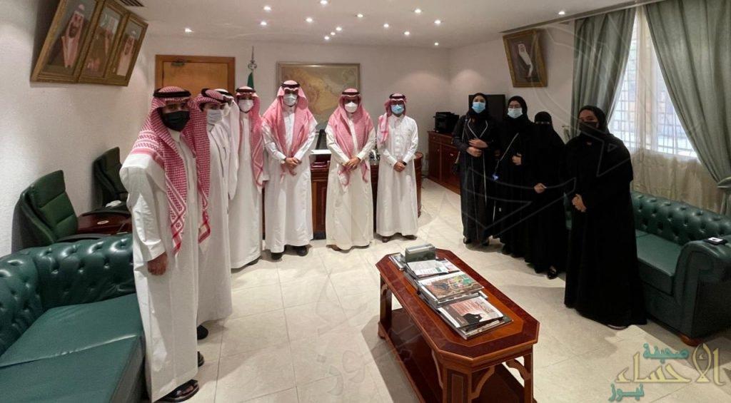 """""""الجعفري"""" يستقبل أعضاء فريق """"شباب الأحساء"""" بمجلس شباب """"المنطقة الشرقية"""""""