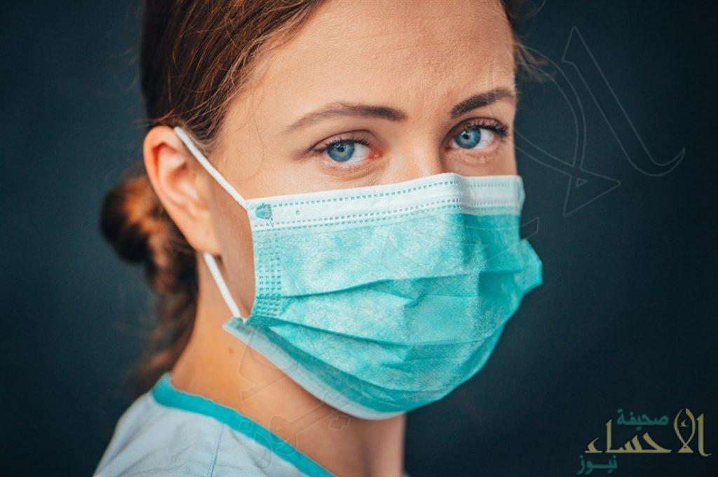 منها السكري ونقص الأكسجين… مشكلات صحية قد تكشف عنها بشرتك