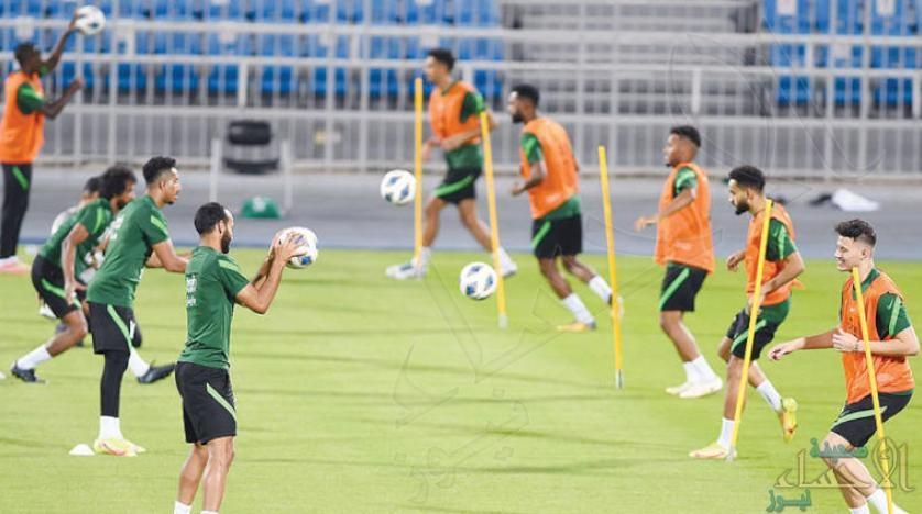 تصفيات كأس العالم: 22 مدرباً قادوا السعودية في 126 مباراة