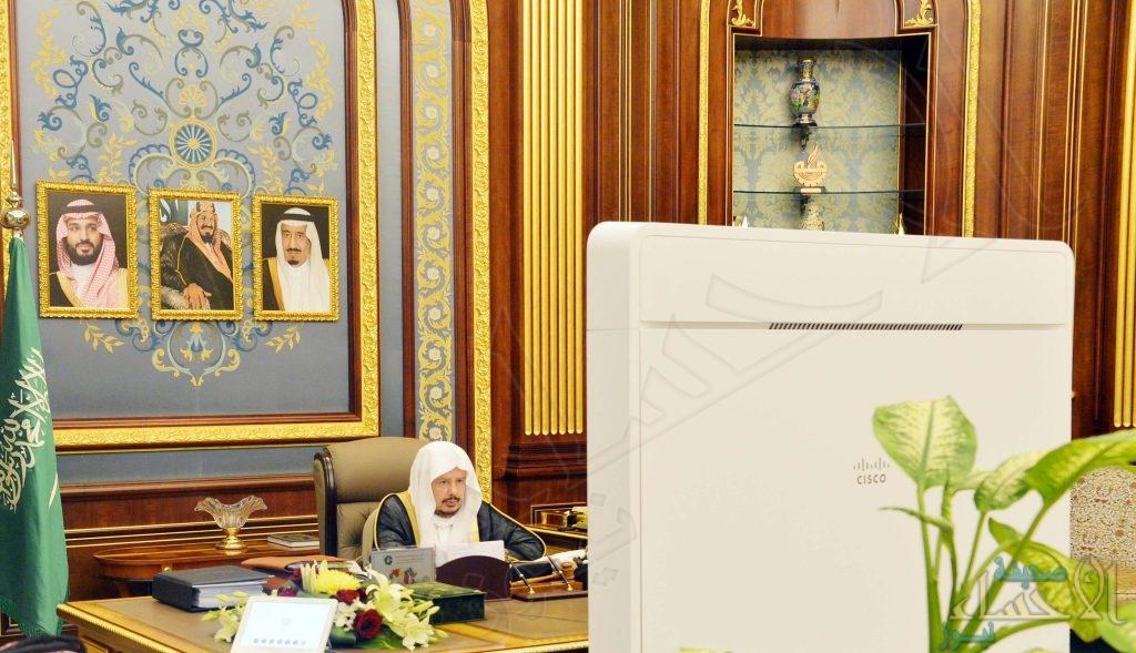 الشورى يقر دعم استحداث وظائف للأئمة وتقويم الدعوة عن بعد .. ودعوة لتطوير احتساب المقابل المالي (صور)