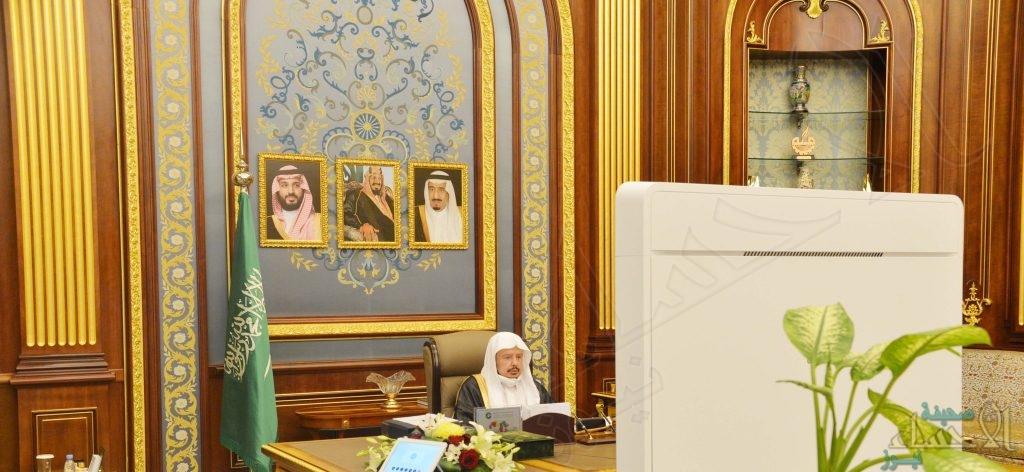 الشورى يطالب بدراسة الآثار الاقتصادية والاجتماعية لرفع التقاعد إلى 65