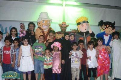 المسرح المائي بمهرجان واحة الخير( فرحة حسانا) يشهد حضور وتفاعل كبيرا  من قبل الاطفال .