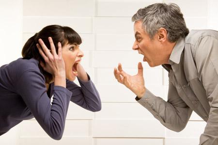 دراسة : الزواج السيئ يحطم القلب فعليًا